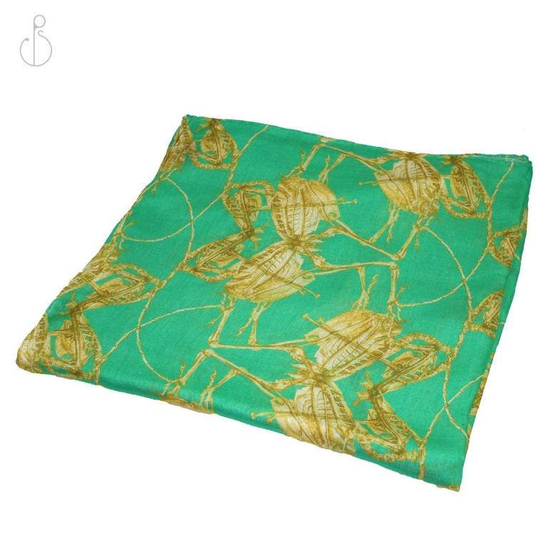 Winged-Crush_folded-scarf