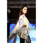 scarf-philippsidler-fashionshow-london-4
