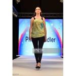 scarf-philippsidler-fashionshow-london-7